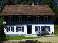 Bild 1: Das blaue Haus