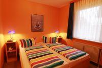 Wohnung 1 mit Doppelbett. - Bild 4: Sylt - Westerland Ferienwohnung mit Internet / Wlan im EG. Whg.1