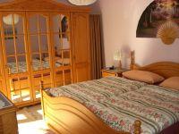 Super sind die Matratzen und schon vom Bett aus können Sie auf den Bodensee und die Alpen sehen - Bild 13: Ferienwohnung Fam. Sauer - mit herrlichem See- und Alpenblick -