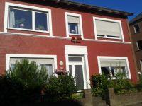 Die Ferienwohnung befindet sich im Erdgeschoss unten links im ca. 140 Jahre alten Stadthaus. Herzlich Willkommen - Bild 1: Gemütliche Ferienwohnung in Ostseenähe/ Lübecker Bucht