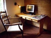 Das Tor zur Welt, ein Internet-PC ... - Bild 7: Große Hundehütte im idyll. Odenwald: ab 34 € f. 2 Pers., Hunde kostenlos!!!