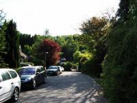 Blick in die Straße vor dem Haus - Bild 1: Ferienwohnung Bärbele im Neckartal am Fuße der Schwäbischen Alb