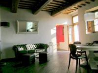 Luxus-Apartment V. Carmignani für 2 Personen mit separater Terrasse und Relaxraum mit Hydromassagewanne - Bild 4: Agriturismo San Giusto nahe Florenz und Pisa