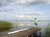 Angeln auf dem Wassergrundstück vom Bootssteg. - Bild 10: Ostseeurlaub Piratennest Darß - Hundeparadies - Wassergrundstück