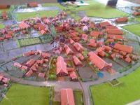 In der Mühle steht ein Modell des Runddorfes von 1950 - Bild 16: Ferienwohnung Mühlenblick in Rysum bei Greetsiel