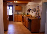Voll ausgerüstete Einbauküche - Bild 4: Ferienhaus Domaine du Val des Ragondins im Burgund