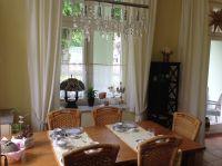 Besuch ? - kein Problem am gr. Holztisch mit 6 Stühlen - Bild 7: Palais am Park - Ostseebad Kühlungsborn - Ost !