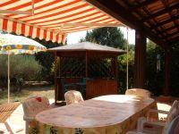 Bild 13: Provence Haus mit grossem Garten und Schwimmbad