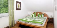 mit 1,60m-Doppelbett - Bild 4: Ferienwohnung am Schlosspark . Ihre Berlinunterkunft im grünen Biesdorf