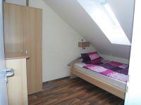 Schlafzimmer 2 - Bild 4: Ferienwohnung A im Ferienhaus Homburger