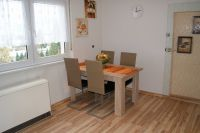 mit Essecke - Bild 10: Ferienwohnungen Ute Reinert - Fewo 2 (88-100 m²)