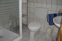 Bad mit Dusche und WC - Bild 4: FeWo kleines Piratennest für 2 Personen, Hunde willkommen
