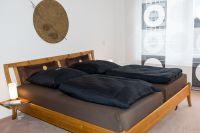 Massives Holzbett, geölt. - Bild 7: Fantastische Wohnung im Zentrum