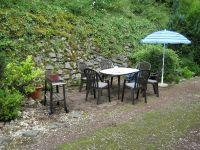 Sitzecke in freier Natur mit Grillmöglichkeit - Bild 13: Ferienwohnung EifelNatur 2 - großzügige 3-Sterne-FeWo für bis zu 7 Personen