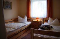 Zweites Schlafzimmer mit 1m mal 2m Betten - Bild 10: Hundefreundliches Ferienhaus im schönen Ostseebad Prerow
