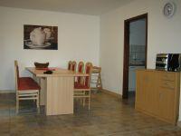 direkt neben der Küche - Bild 7: Ferienhaus EifelNatur 1 - großzügige und komfortable 4-Sterne-FeWo