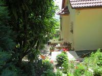 Blick auf die Terrasse - Bild 10: 4* Ferienhaus Lindenallee 14 - 76835 Gleisweiler