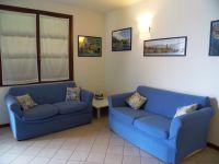 Die Polstermöbel mit Schafcouch. - Bild 7: Cabiana Residence - 6 Pers.- Ferienwohnung am Gardasee mit Seeblick