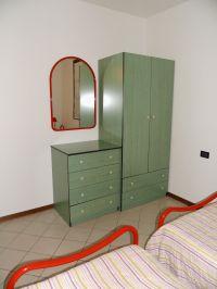 Weitere Schränke im zweiten Schlafraum. - Bild 13: Cabiana Residence - 6 Pers.- Ferienwohnung am Gardasee mit Seeblick