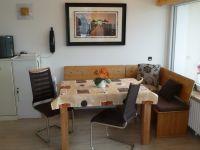 In der Essecke ist Platz für 5 Personen. - Bild 7: Groemitz-Villa am Meer - Seeblick Ferienwohnung