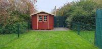 Der Garten ist komplett eingezäunt. - Bild 1: Haus Jade an der Nordsee. Traumhafte Lage. Neu Renoviert. Garten umzäunt.