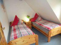 Betten bei bedarf zusammen stellar, gr. Kleiderschrank - Bild 4: Nordseeferienhaushälften Möwe mit Hund, W-Lan