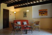 Das Sofa ist ausziehbar und bietet zwei weiteren Personen Platz. - Bild 4: Casa Lucia: Ferienwhg Mittelitalien / meernah / familien- + hundefreundlich