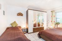 Zweites Schlafzimmer mit Doppelbett und Einzelbett - Bild 4: Ferienidylle Eder 5 Sterne DTV / Bayerischer Wald