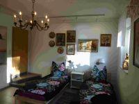 Ferienzimmer 1 mit Betten und Bildergalerie - Bild 4: Ferienzimmer im schönsten Tal der Oberlausitz, in der Cunewalder Obermühle