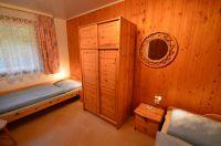 Das zweite Schlafzimmer mit zwei Einzelbetten. - Bild 7: Bungalow 1 Familie Eberl Kärnten