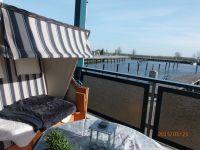 traumhafter Blick auf den Hafen und die Peene - Bild 1: Großer Hafentraum Ferienwohnung mit Superblick auf den Hafen und die Peene