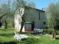 Bild 4: Ferienhaus LAURA in Malcesine in einem 2500 m² großen Olivenhain