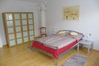 Das Schlafzimmer liegt ruhig zum Garten hin. - Bild 4: 3-Zi-Ferienwohnung im Herzen von Erfurt bis 6 Personen