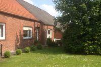 Bild 1: Fewo-Haus- Arnolde Nordsee Ostfriesl. EingezGarten, Rolliger. Senioren Hund
