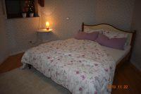 Schlafzimmer-1 - Bild 7: Ferienwohnung Wissberg in Roxheim/Nahe bei Bad Kreuznach
