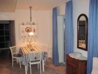Alles was Sie benötigen ist in der Küche und im Eßbereich vorhanden - Bild 4: Ankerplatz-Schönhagen,direkt an der Ostsee - W-Lan vorhanden