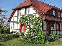 Die Fewo ist eine Maisonettewohnung über zwei Etagen im Stil eines Reihenend-Hauses - Bild 7: Insel Rügen; Maisonettewohnung von Privat; Schwimmbad/Sauna 400m vom Strand