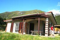 Bild 7: Ferienhaus Giorgia in Vesta am Lago di Idro mit eingezäunten Garten
