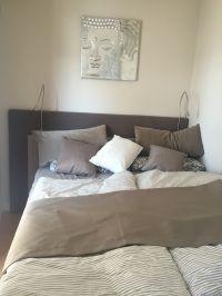 Kuscheliges gemütliches kleies Schlafzimmer mit wunderbarem Boxspringbett - Bild 1: Traumhaft schöne Ferienwohnung in Pelzrhaken