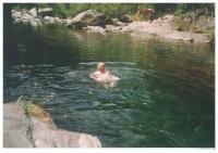 Gumpe im Orasso-Bach, in 20 Minuten durch Abstieg erreichbar - Bild 16: Sonnig und ruhig gelegenes Ferienhaus in Orasso (Cannobiner Tal)