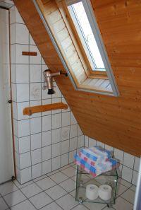 """Handtücher und Fön - Bild 10: Ferienwohnung """"Bakelberg"""" im Ostseebad Ahrenshoop"""