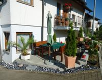 Hier kann das Frühstück in der Morgensonne genossen werden. - Bild 10: Ferienwohnung Haus Baier****mit Freisitz, in 15 Minuten am Bodensee
